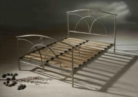 Arches Metal Bed